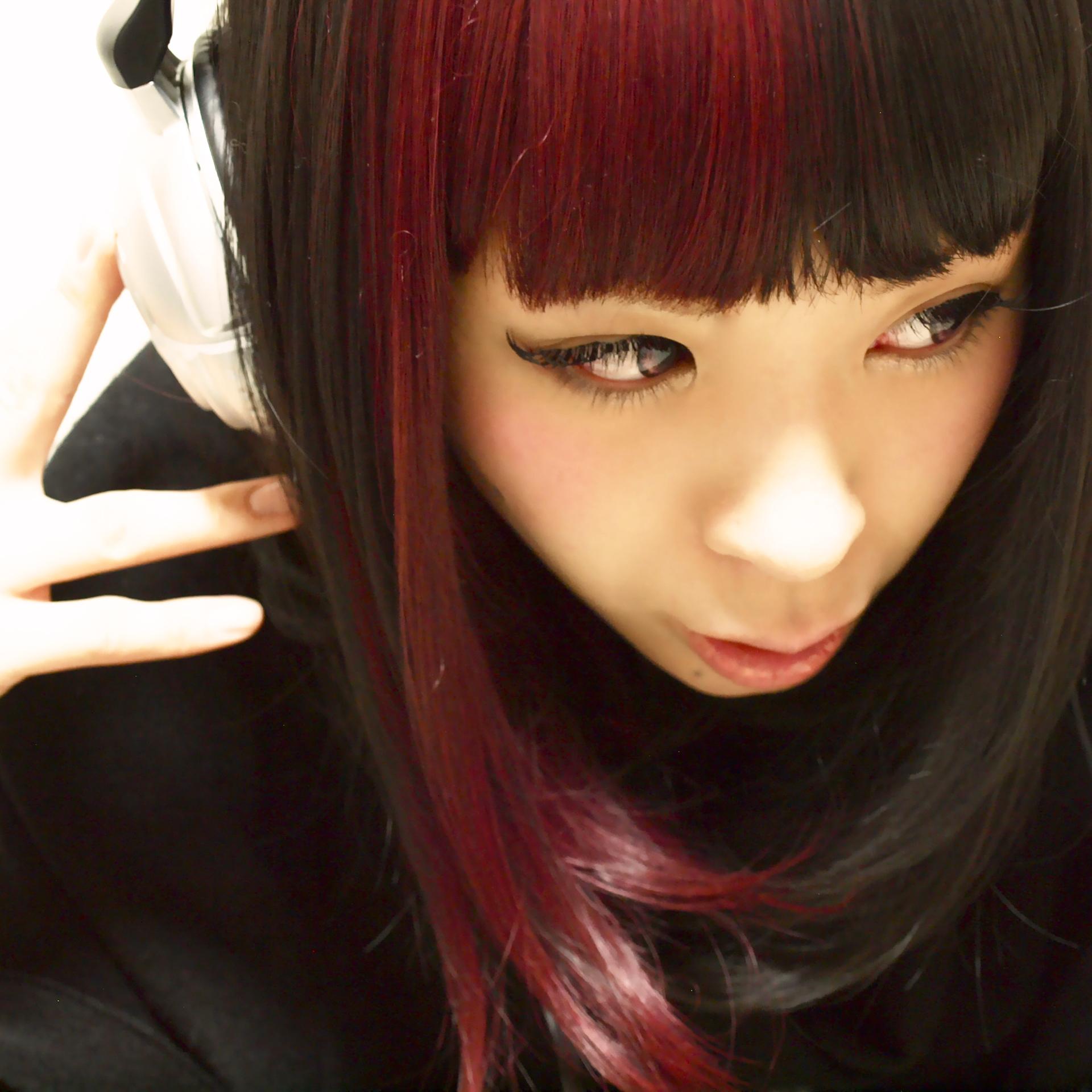 Adachi Hitomi